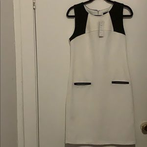 Spense dress off white with black